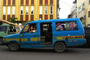Opelet - Nahverkehr im Kleinformat