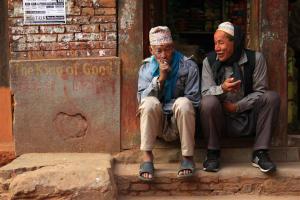 Auf ein Ohr in Bhaktapur
