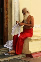 Papa Puja. Hat uns Pilgergeschichten aus den 50ern erzählt.