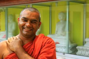 Buddheddathe. Lässiger Haus-Monk mit fränkischen Zügen