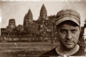 Dr. Fish (Univ.), Ausgrabungsleiter; WiFi-Experte und Asia-Vateran