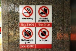 sträflich: Singapur is a