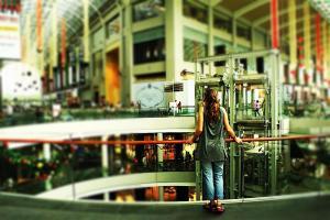 unglaublich: Jule in der Mega-Mall
