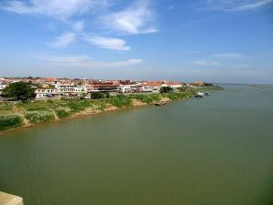 Kompong Cham - schmucke zentralkambodschanische Provinzhauptstadt am Mekong