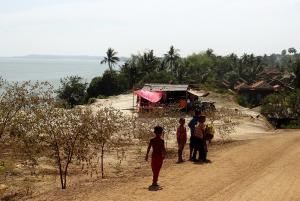 Dirtroad am Fluss zwischen Kompong Cham und Kratie