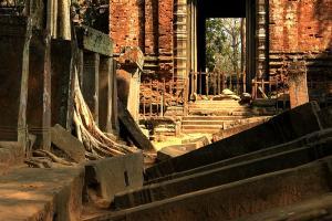 Koh Ker - Alleine im Tempel